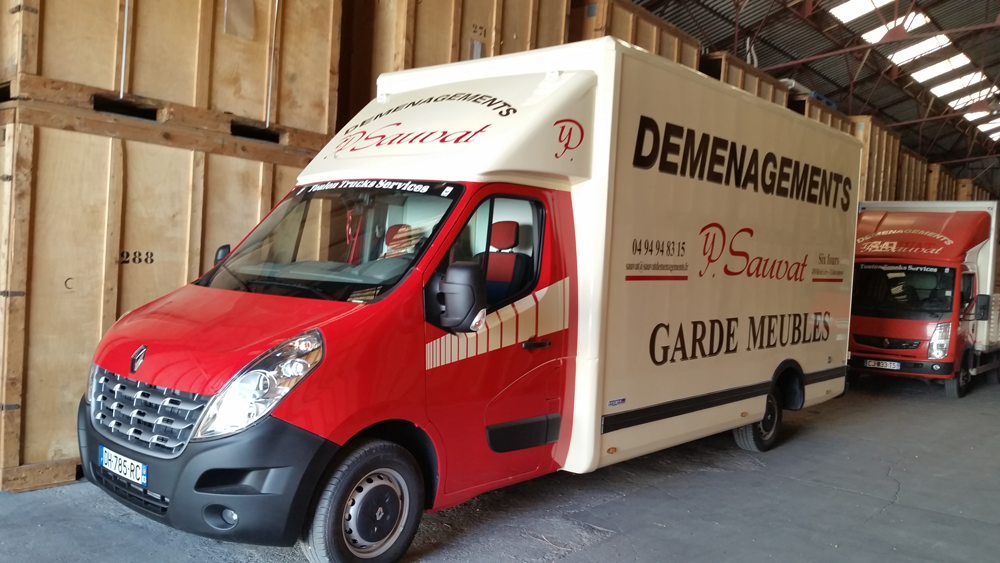 camion-demenagement-sauvat